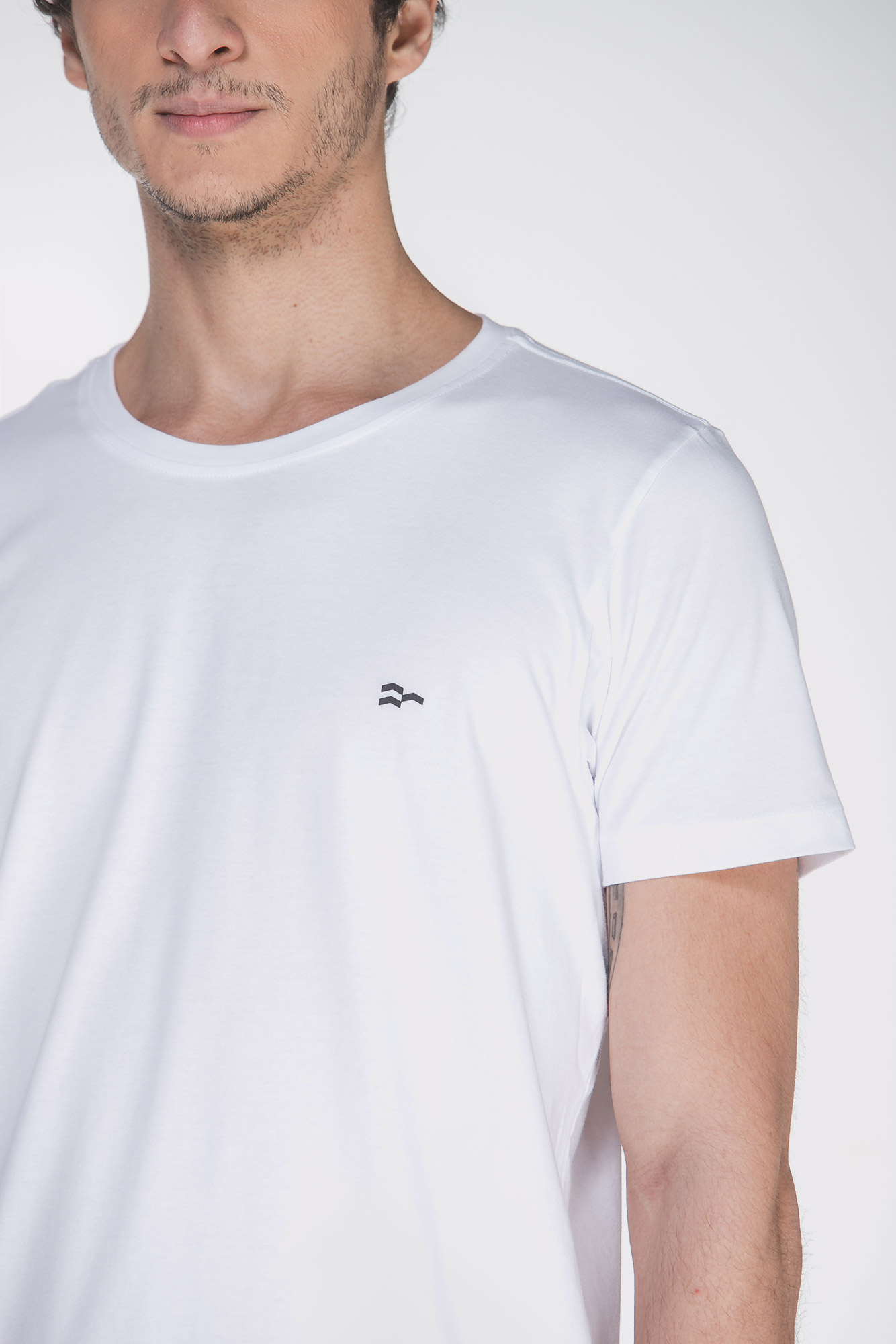 Camiseta Basic Egypt Branco/Preto