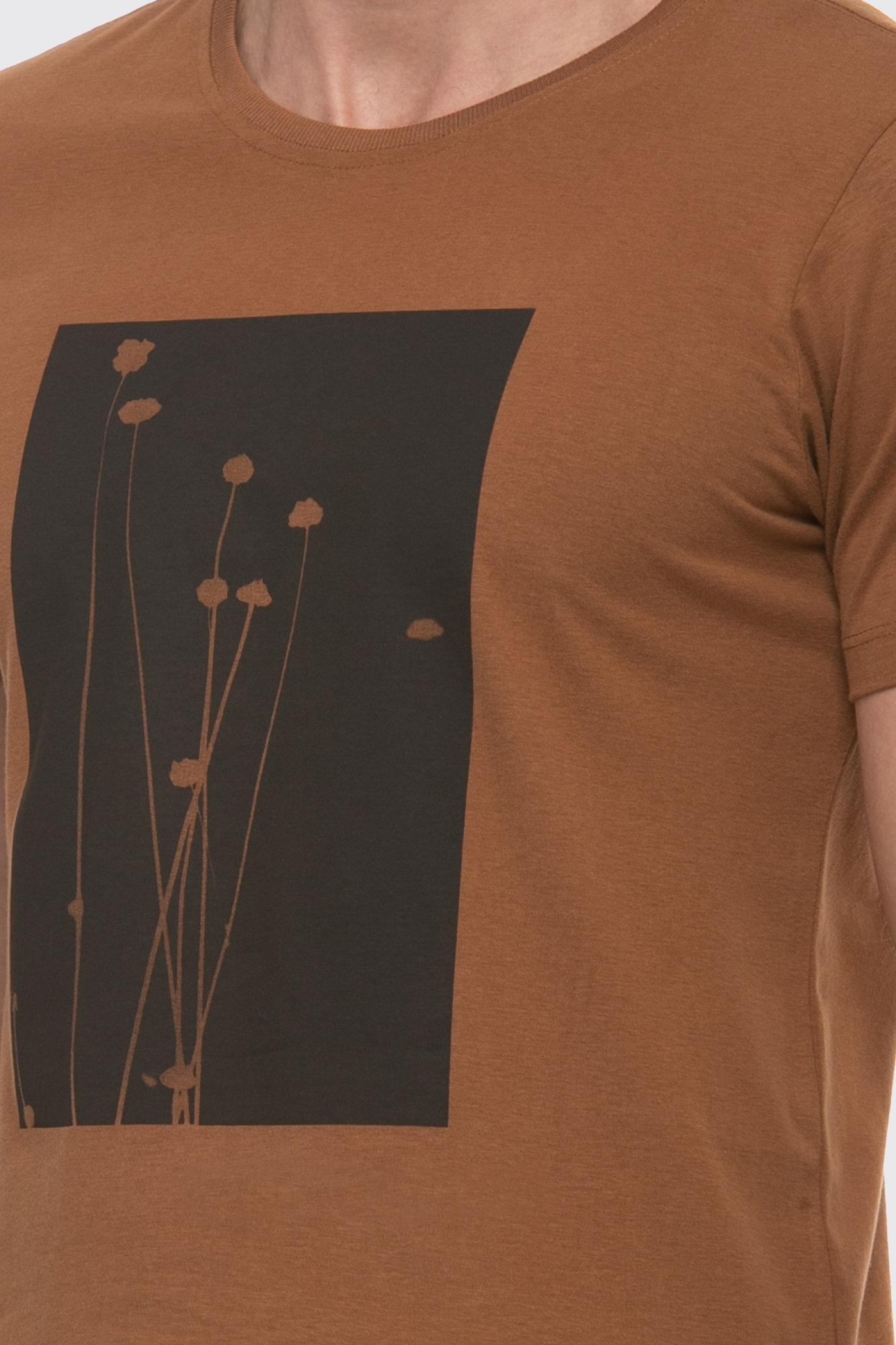 Camiseta Black Image Marrom