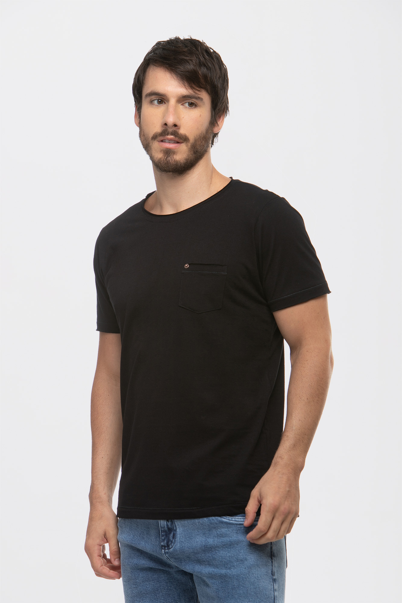 Camiseta Rolled Pocket Black