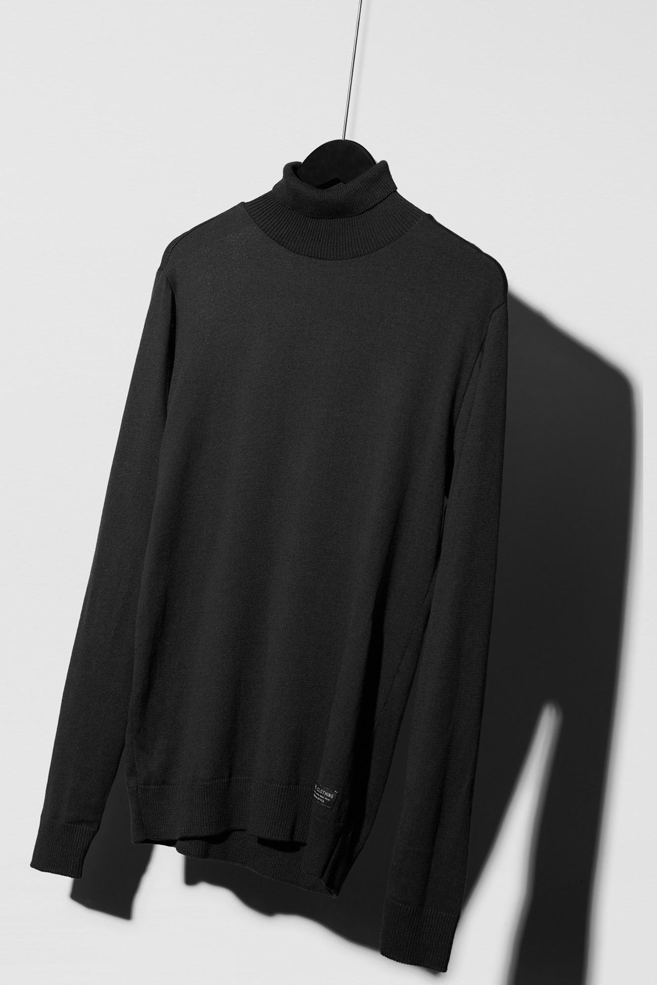 Suéter Turtleneck Black
