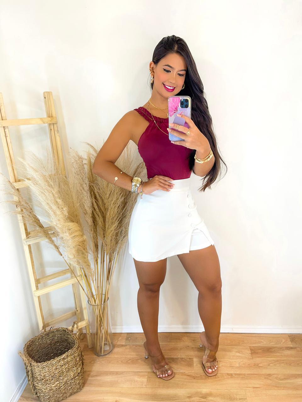 Conjunto Shorts saia Branco Com Body Bordo Poliamida