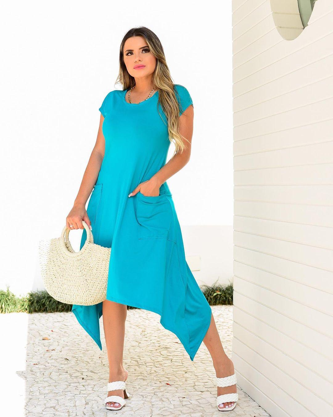 Vestido Azul com Bolso