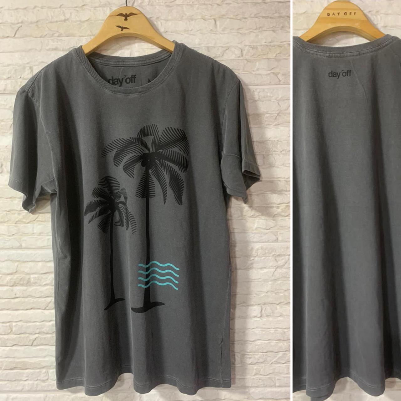 Camiseta T-Shirt  Lifestyle Coqueiros  Chumbo/Preto