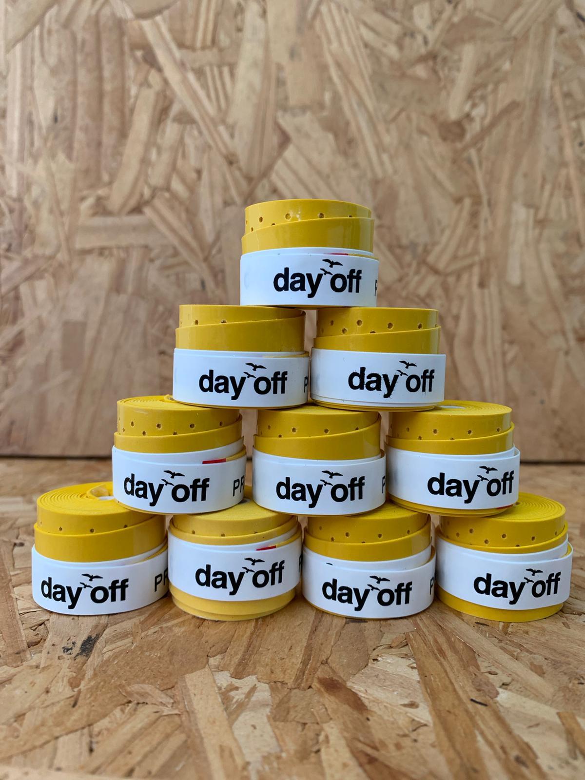 KIT com 3 Overgripes Day Off SUPERIOR - Todos da mesma cor.