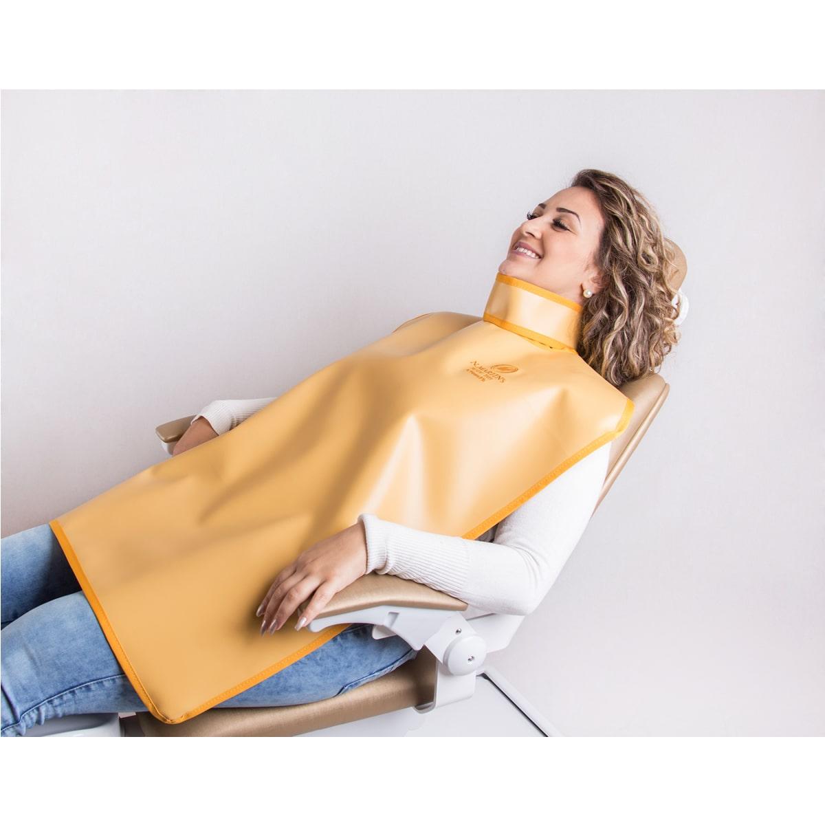 Avental Periapical com protetor de tireoide - 100x60cm - 0,25mm/Pb - N.Martins