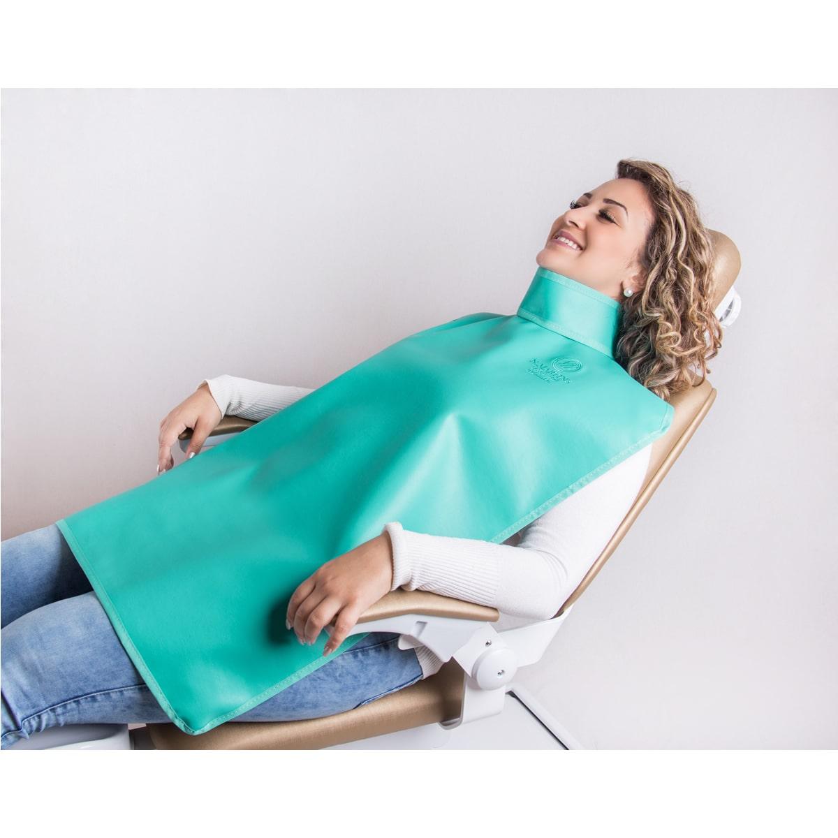 Avental Periapical com protetor de tireoide - 85x60cm - 0,25mm/Pb - N.Martins