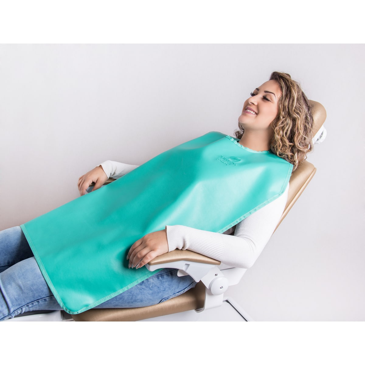 Avental Periapical sem protetor de tireoide - 76x60cm - 0,50mm/Pb - N.Martins