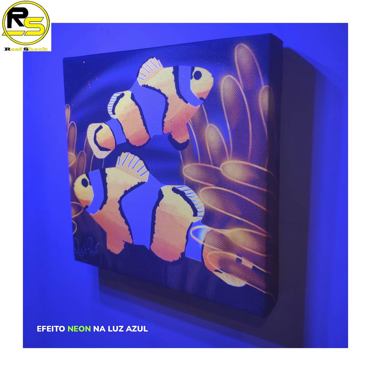 Quadro ReefPaint com tinta Neon 1101 Dois Ocellaris em Anêmona Brilhante