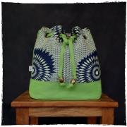 Bolsa Saco Transversal Tecido Africano Verde e Marinho