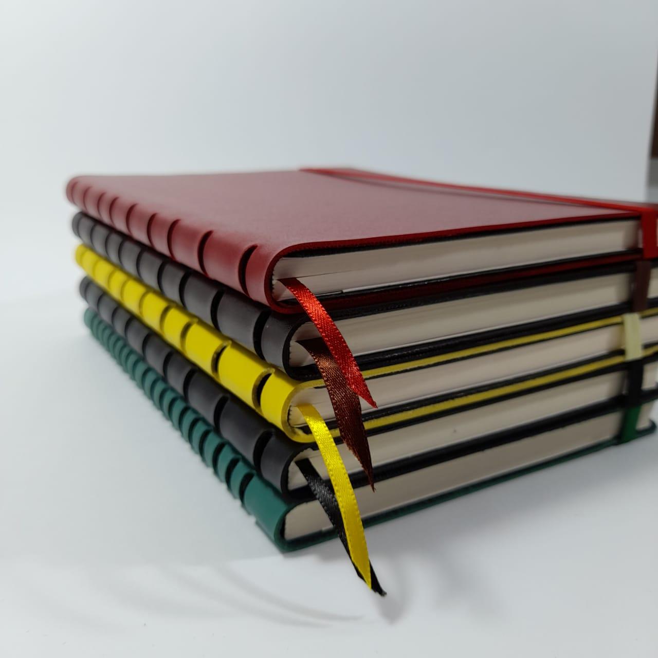 Caderno Sem pauta Montana 15x21 96f Costurado