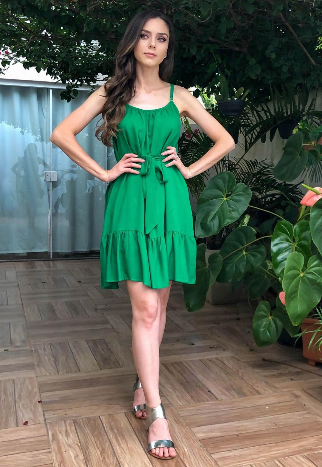 Vestido Maya Curto Babado Verde Esmeralda