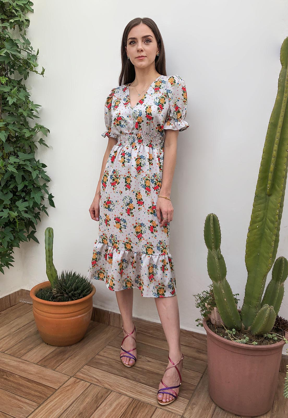 Vestido Midi Mangas Curtas Floral