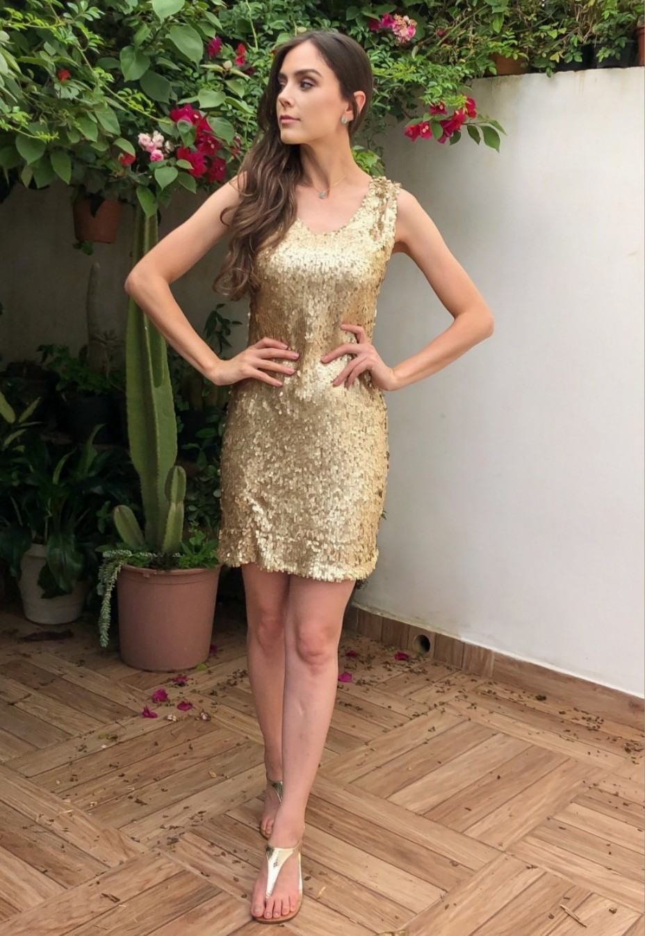 Vestido Paetês Ouro Light