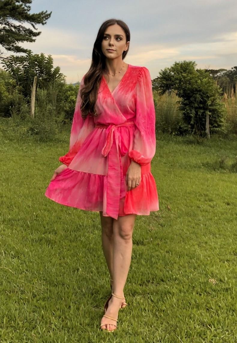 Vestido Transpasse Mangas Bufantes Rosa