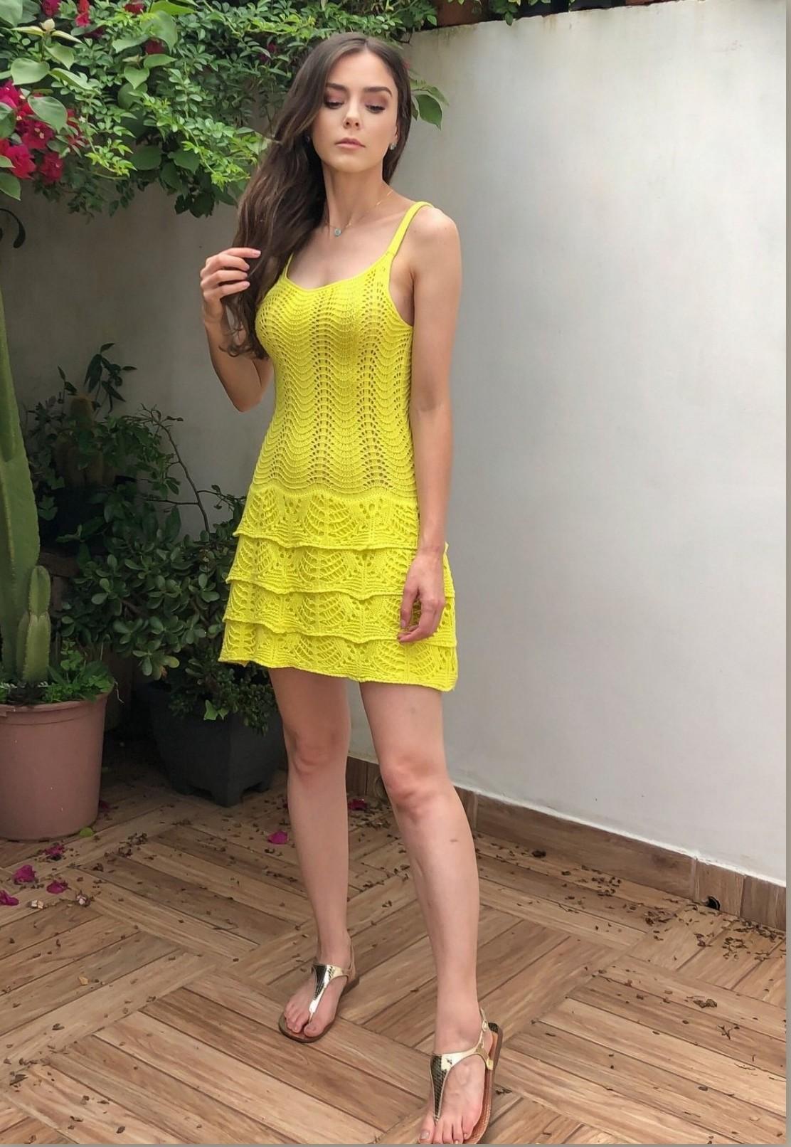 Vestido Tricot Amarelo Vibrante