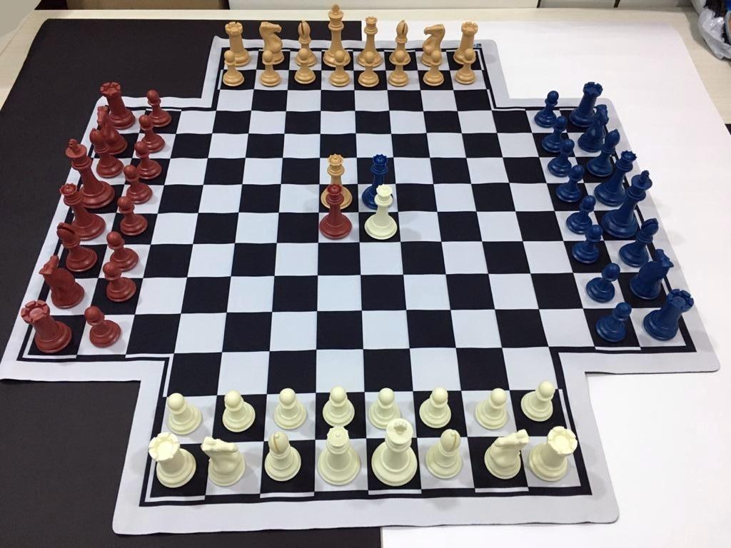 Jogo De Xadrez Para 4 Jogadores Com Tabuleiro Mouse Pad