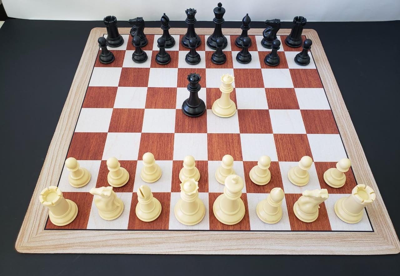 Jogo de Xadrez Profissional Marshall Peso Quádruplo com tabuleiro mouse pad