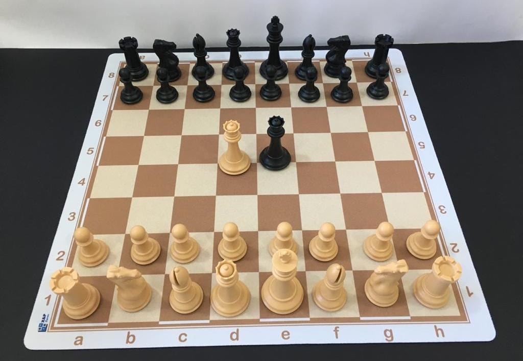 Jogo de Xadrez Profissional Staunton Peso Quádruplo com tabuleiro mouse pad