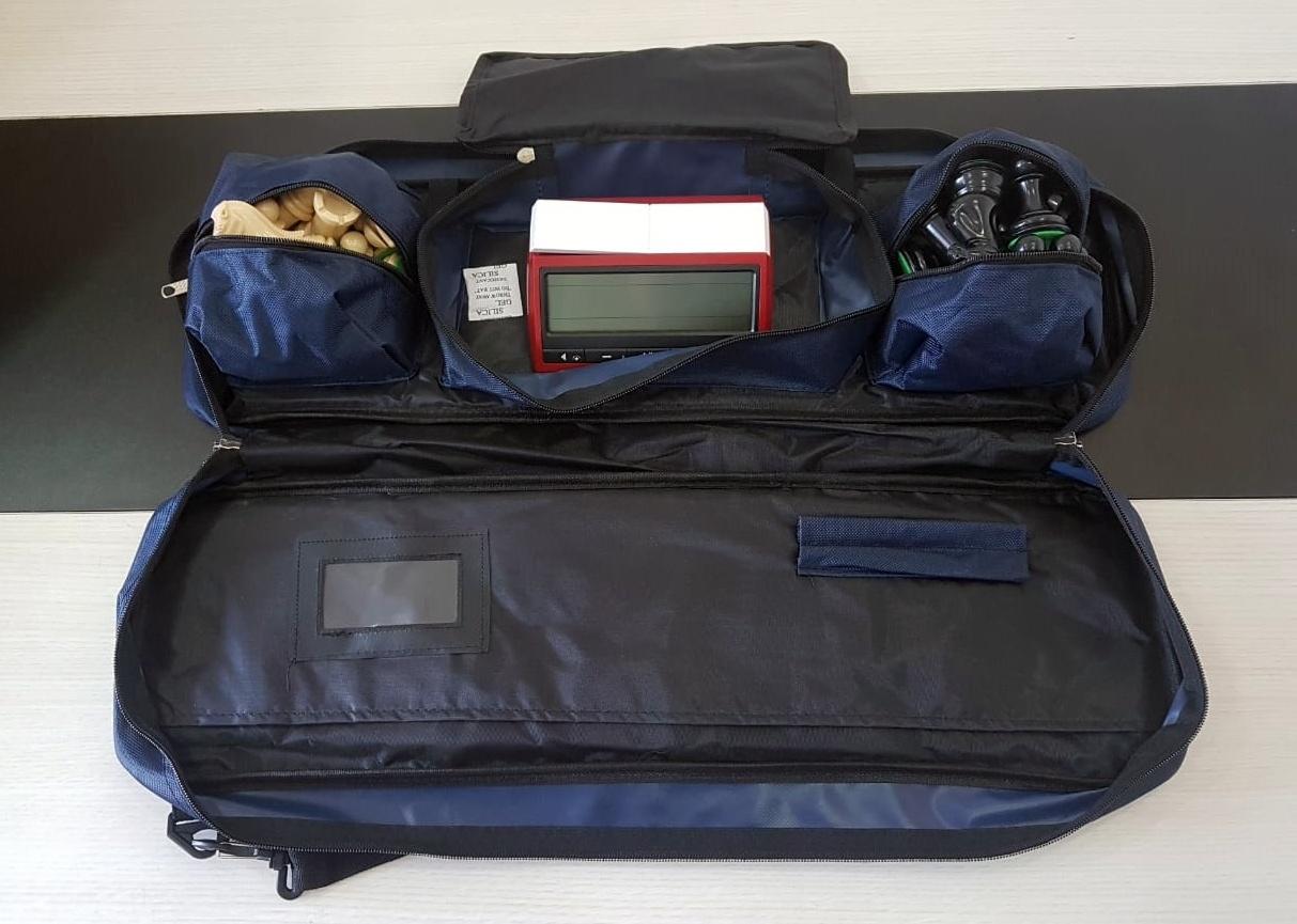 Kit jogo staunton + bolsa delux + tabuleiro mouse pad + relógio dgt 3000 limitado
