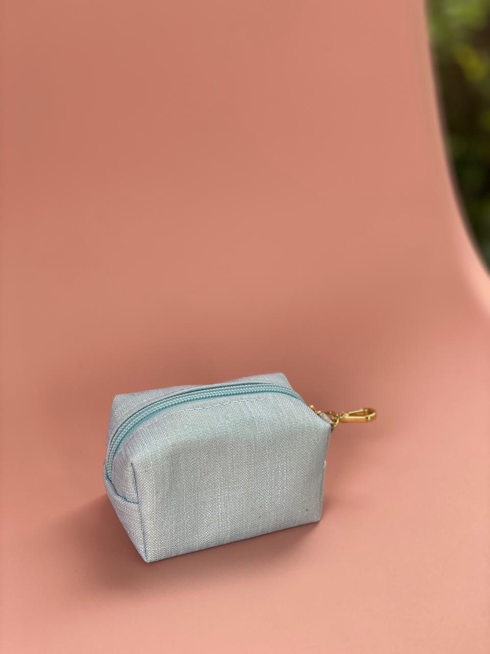 Porta Chupetas - Linho Azul Bebê  Layla