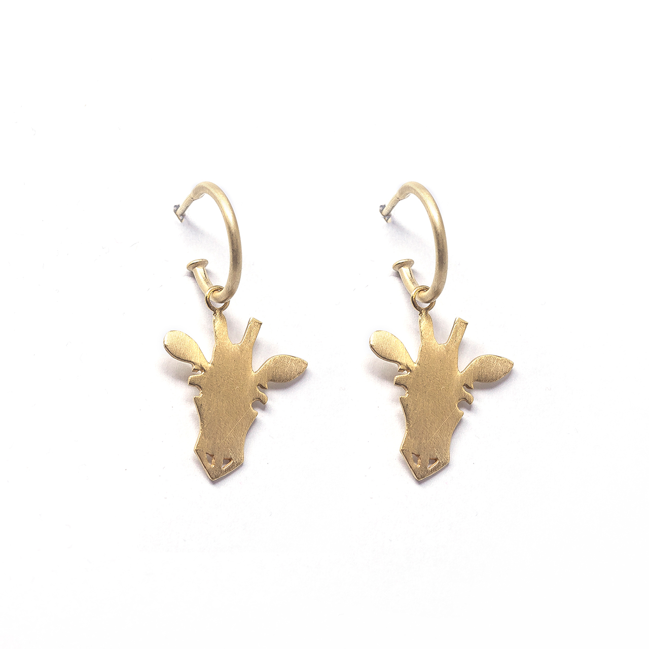 Argola p pingente girafa m