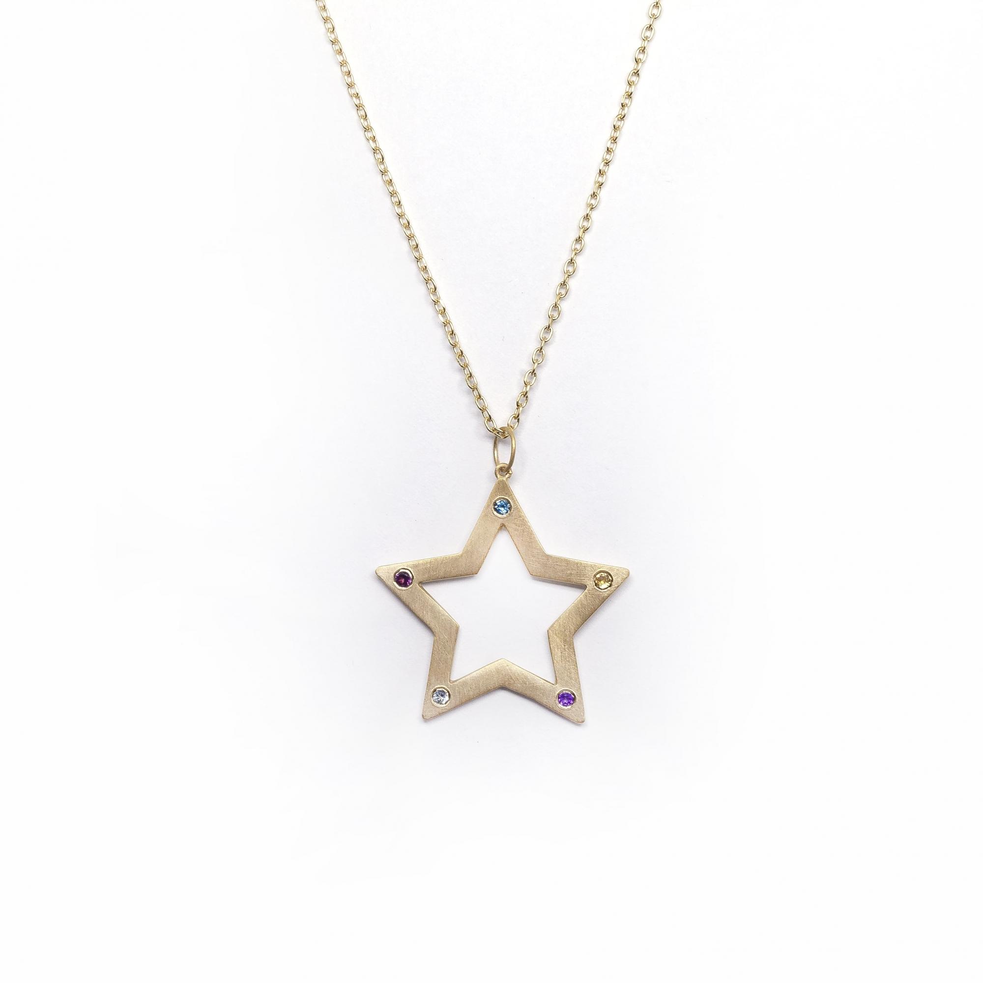 Cordão Estrelas G Pedrinhas