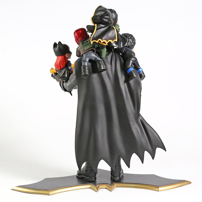 Batman Family Limited Edition Q-master Dc Comics Q-fig  - SAMERSAN Colecionaveis