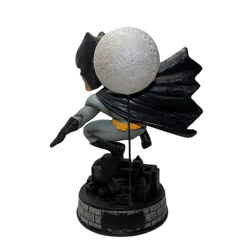 Batman: The Dark Knight Returns Dc Comics Bobble Head - Foco  - SAMERSAN Colecionaveis