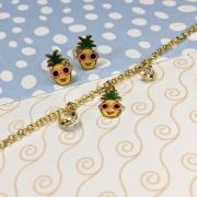 Conjunto Infantil brinco e pulseira Abacaxi Kids banhado em ouro 18 K