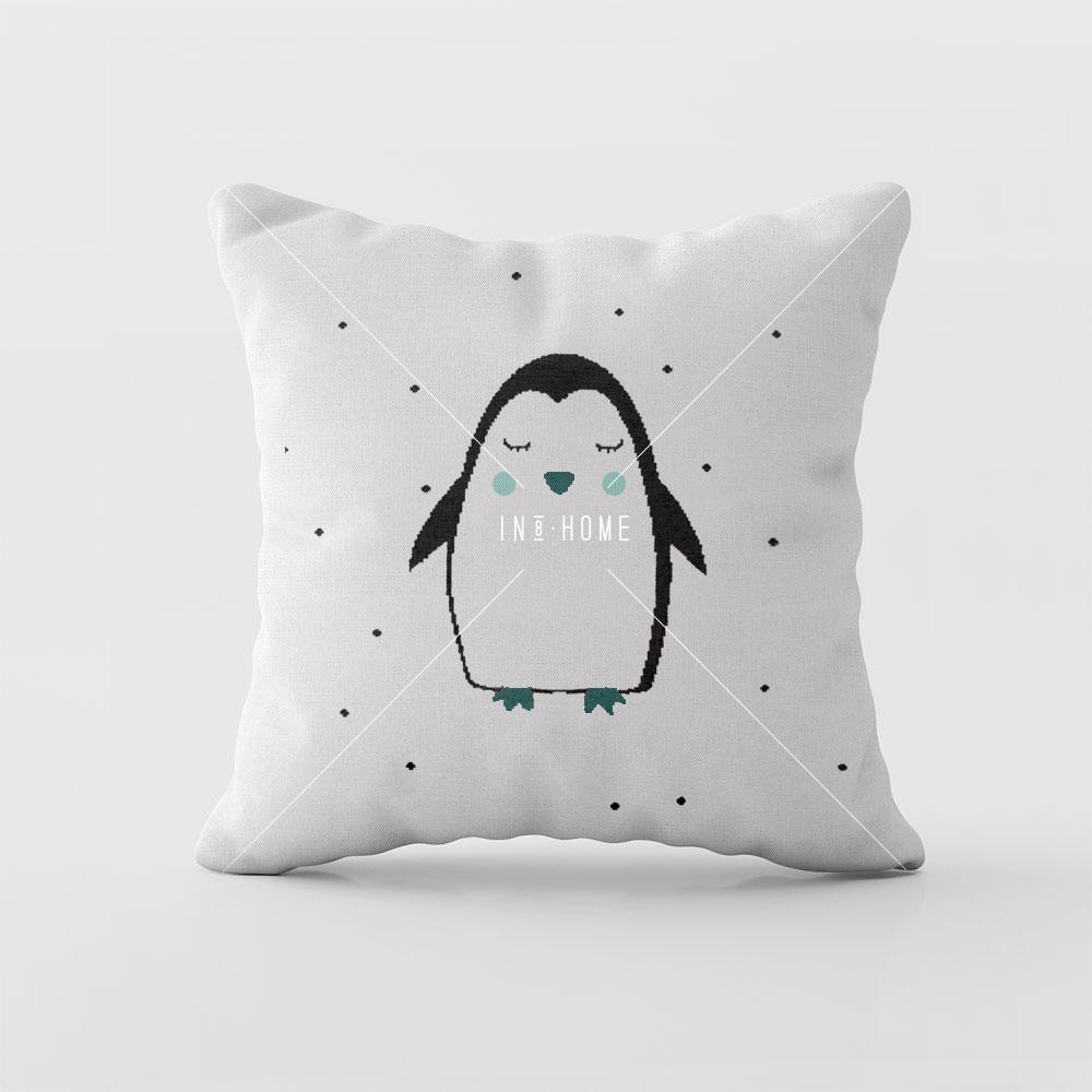 Almofadas Pinguim | Rian Tricot (disponivel em várias cores)