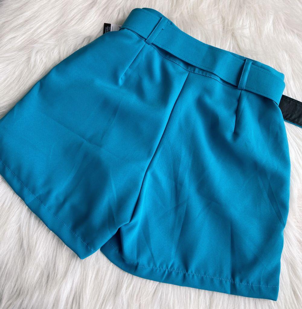 Shorts Azul com Cinto