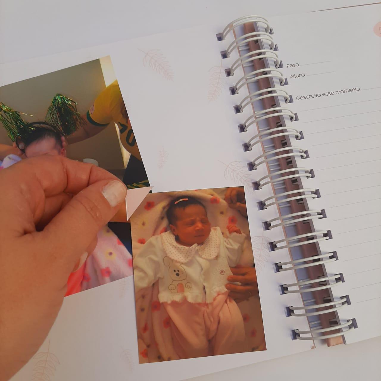Livro do Bebê Amor em Flor