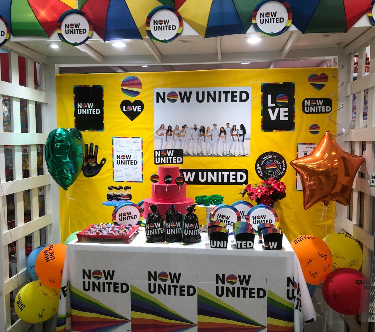 Adesivo Redondo Now United- 30 Unidades