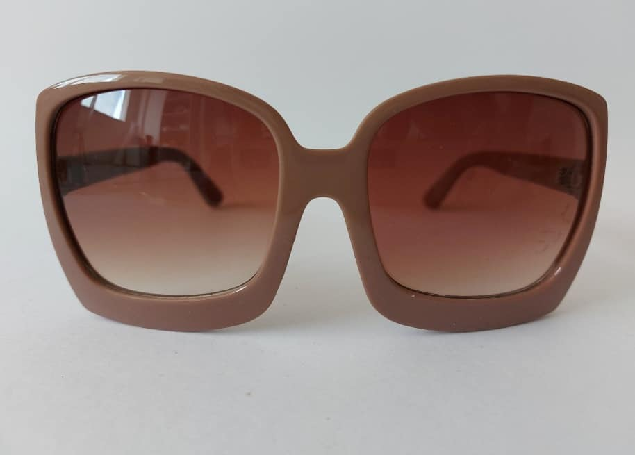 Oculos Quadrado Nude