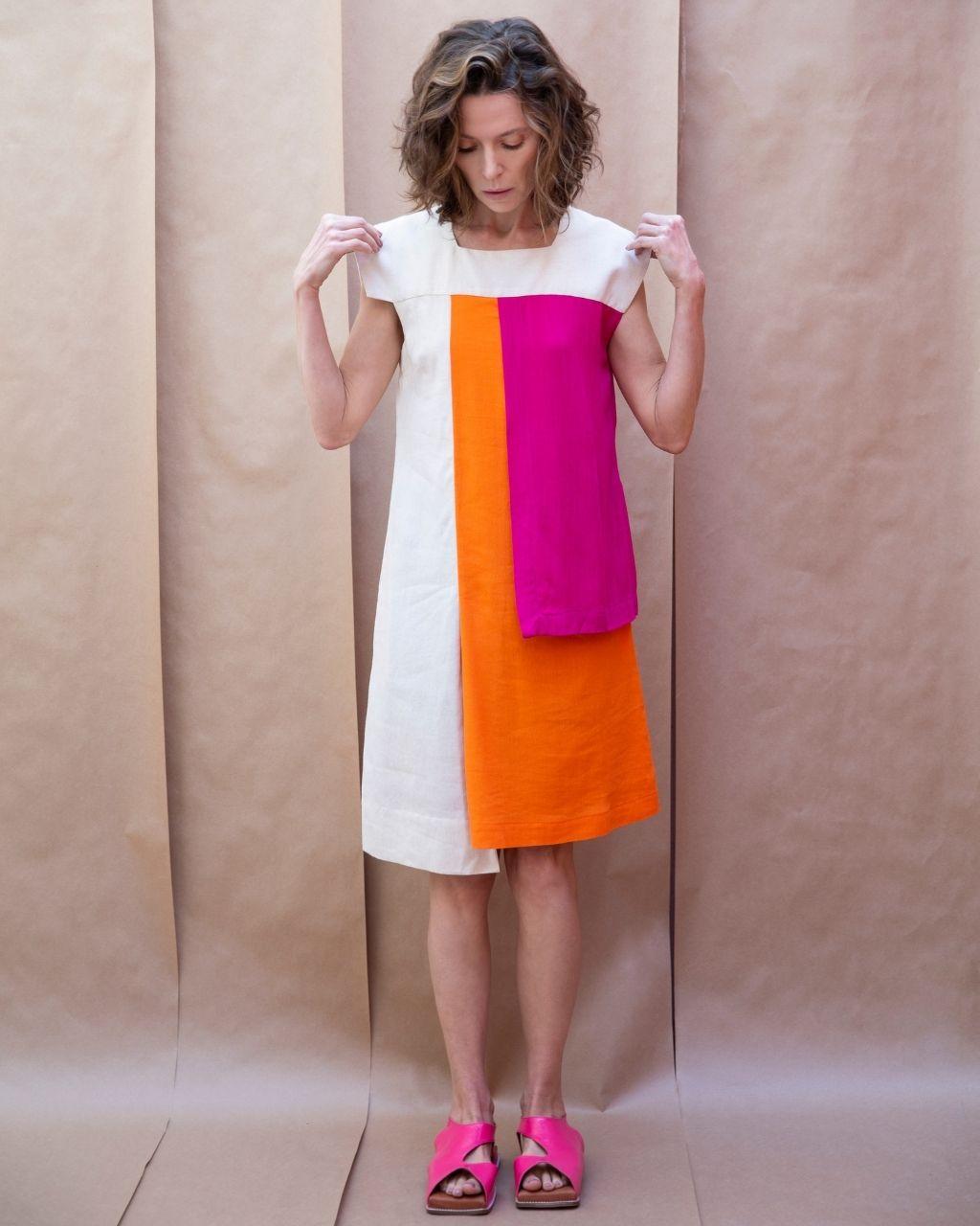 Vestido Camadas Laterais