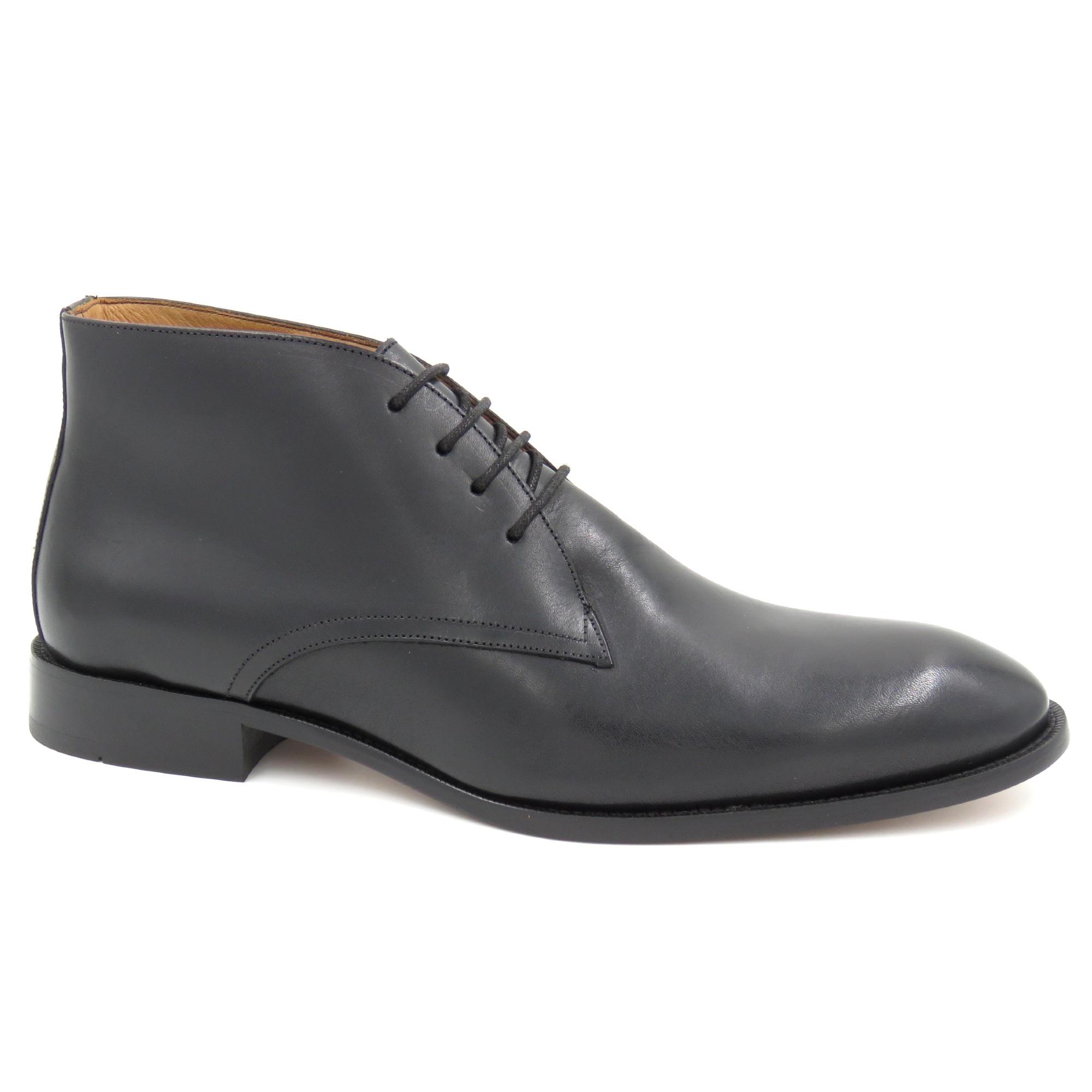 Sapato Abotinado Sola Couro
