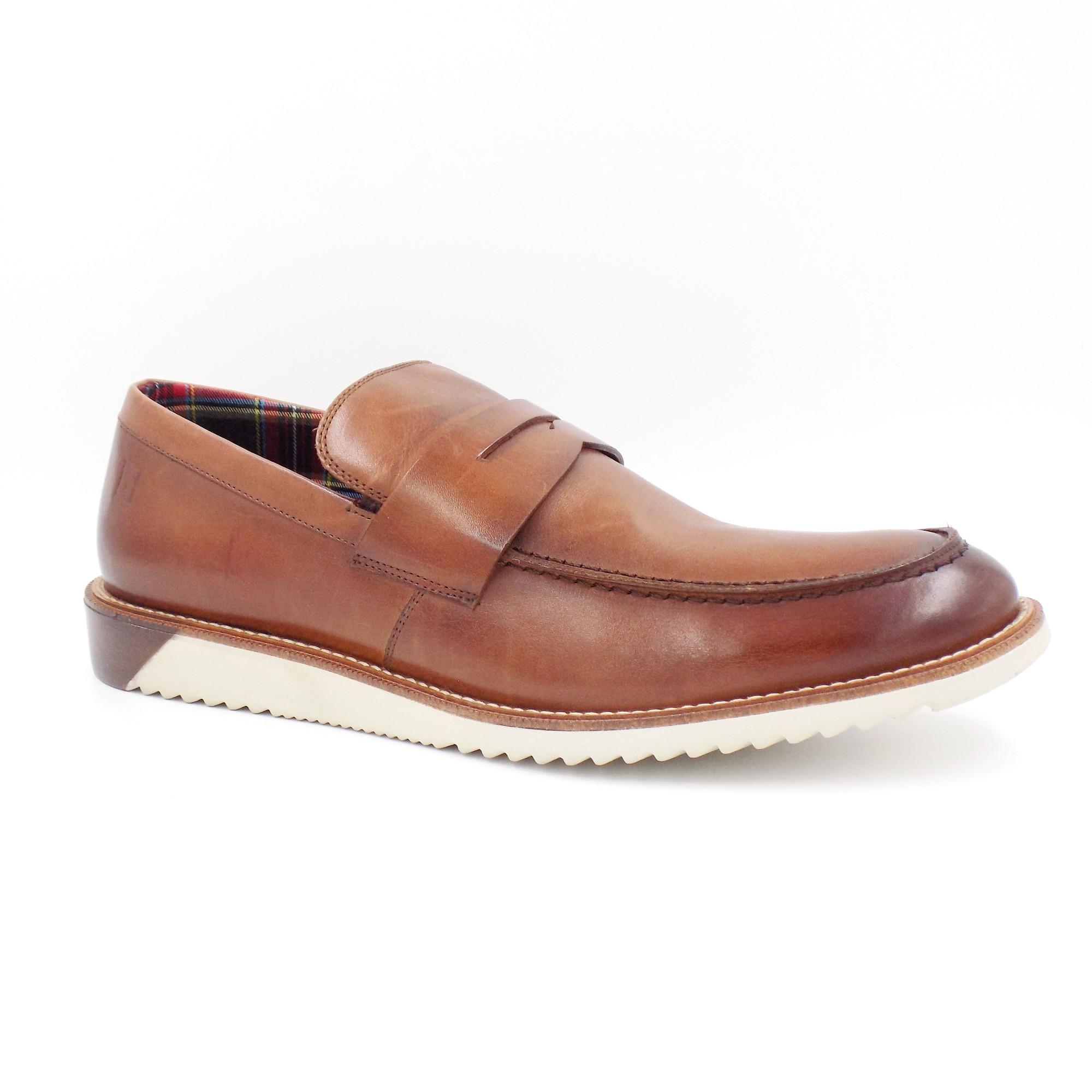 Sapato Casual Couro CalÇar Sola Tratorada