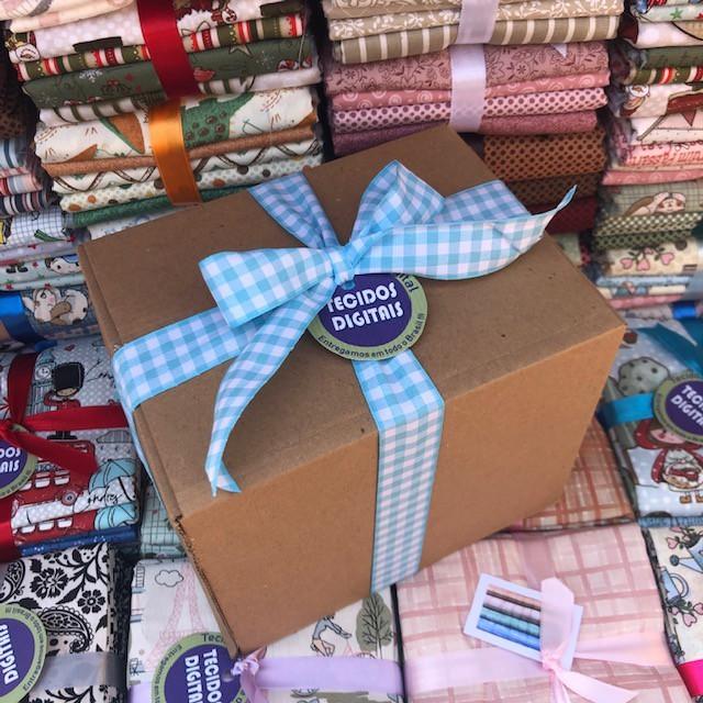 Caixa Surpresa: Kits Amarradinhos - 50cm x 150cm  - Tecidos Digitais