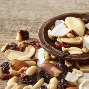 MIX DE NUTS COM COCO CHIPS