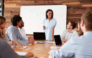 Como fazer para motivar uma equipe de atendimento interno?