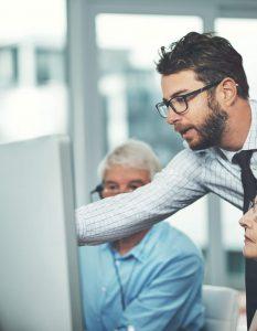 Gestão de demandas no help desk: Saiba tudo sobre como gerenciar melhor as equipes de help desk e TI