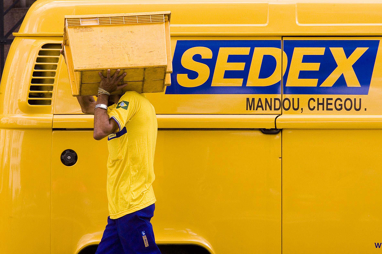 Os Correios limitam entregas de smartphones e notebooks em 2019