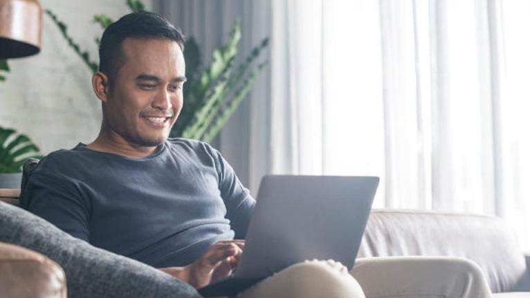 Como ganhar dinheiro sem sair de casa? Veja 7 formas